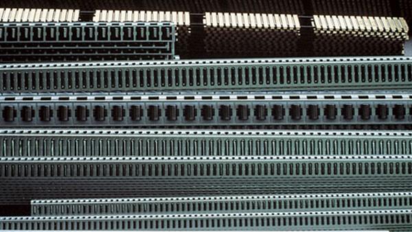 Fabrication de cages linéaires en métal