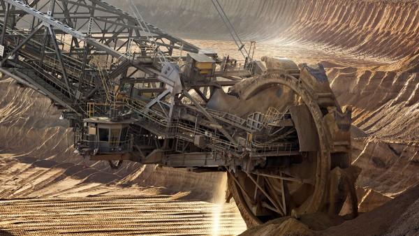 Solutions sectorielles Schaeffler pour l'extraction et la transformation des matières premières