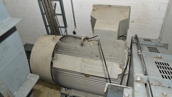 Graissage automatique d'un grand ventilateur chez BMW
